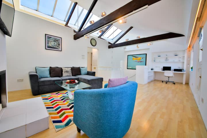 SUSSEX MEWS HOUSE - 2 BEDS - 3 MIN FROM THE SEA