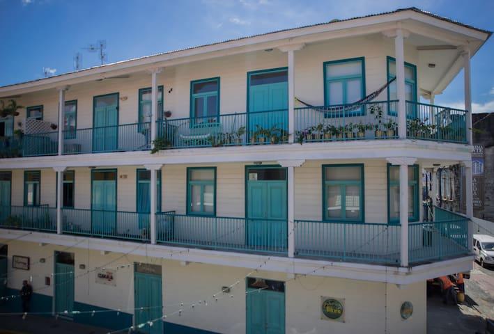 Flor de Lirio Apartment