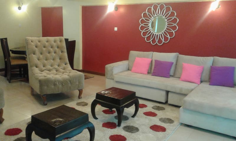 Cosy 3 Bed Furnished Apartment - Family Friendly - Nairobi