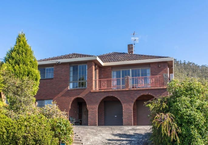 47 Sqm Self-contained Studio - Taroona - Casa