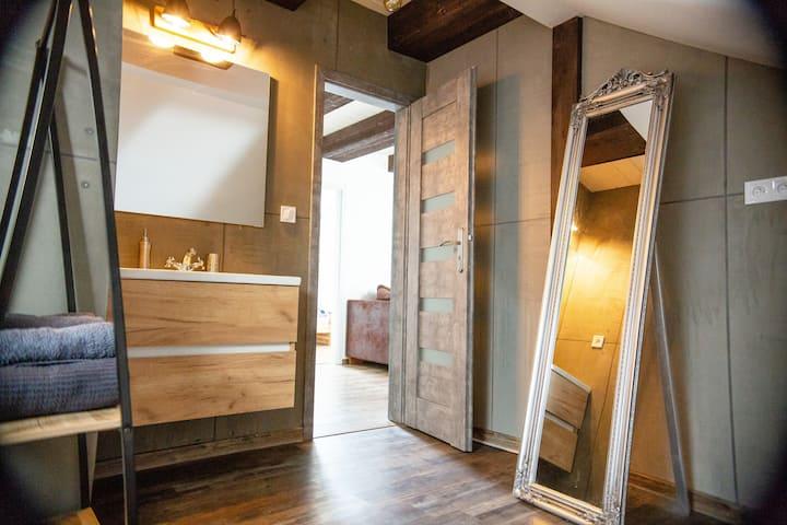 Ubytovanie v podkroví 250 ročného banského domu