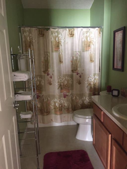 Private Bath - Tub/Shower  Combination