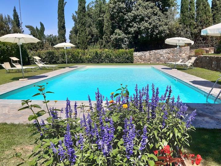 Appartamento con piscina 5/7 ospiti