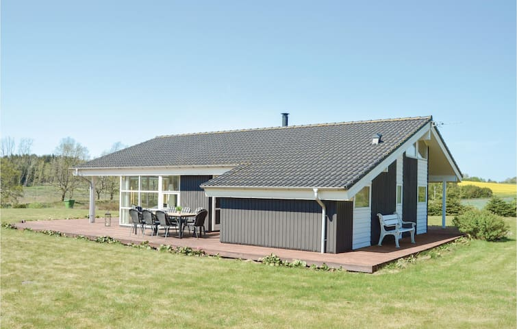 Holiday cottage with 3 bedrooms on 134m² in Ejstrupholm