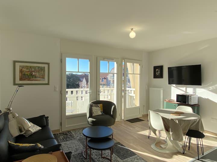 4 personnes-balcon PLEIN SUD-garage-WIFI