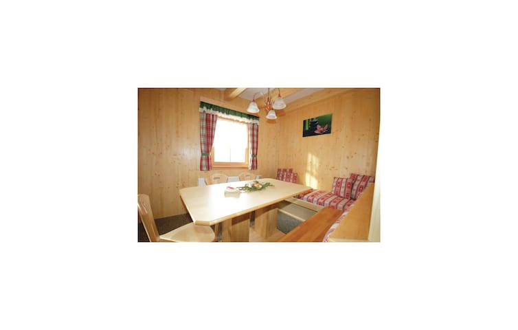Holiday cottage with 5 bedrooms on 180m² in Schönberg Lachtal