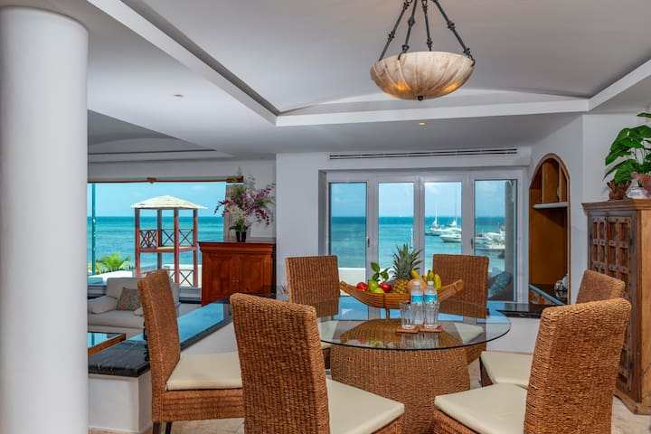 Beachfront Suite! 2 connected bedrooms with views.