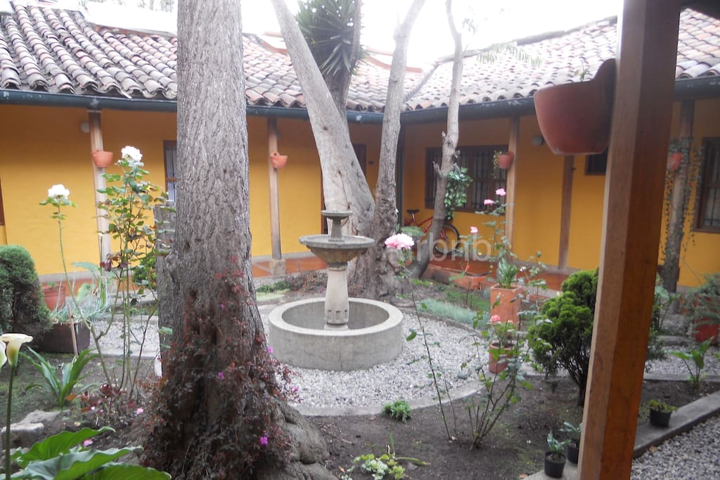 View of the colonial patio.