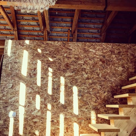 Hayloft stairs up to the haybox