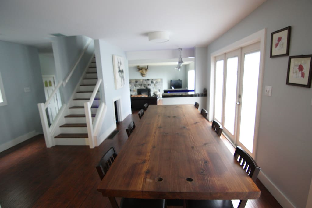 10 x 4 table w/view past the wet bar and into the living room.