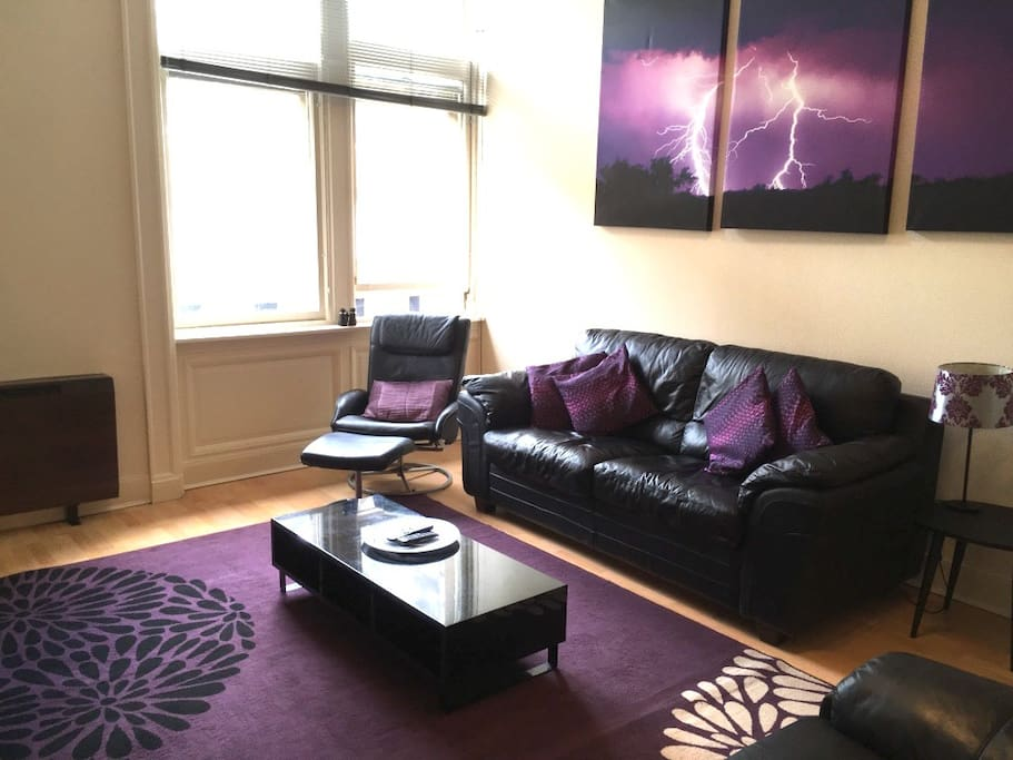 Spacious Royal Mile Apartment Apartments For Rent In Edinburgh United Kingdom