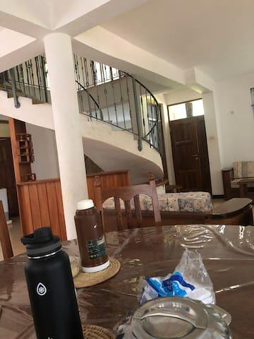 agapiti house