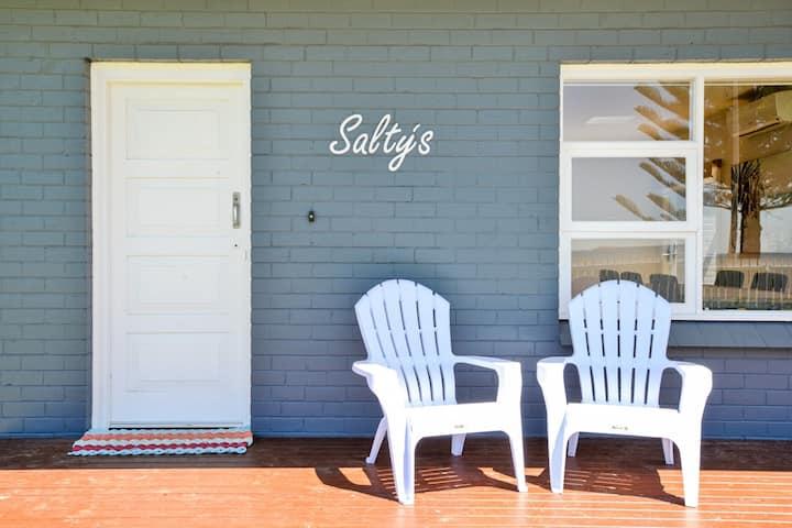 Salty's @ Encounter Bay- Free Wifi