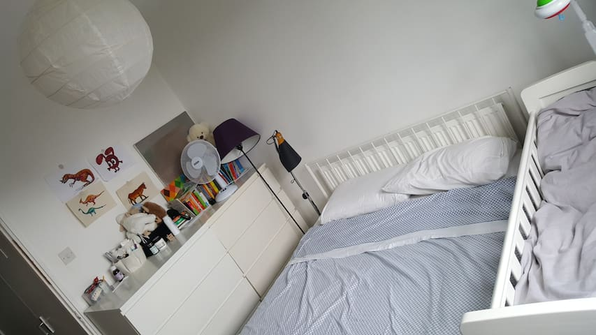 A double bedroom for a female