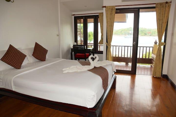 Paradise Sea View Bungalow on Paradise island - Phe - Bungalow