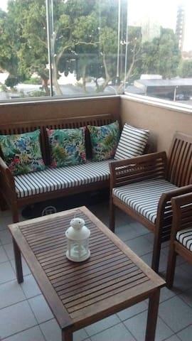 Excelente apartamento 2 quartos! - Porto Alegre - Huoneisto