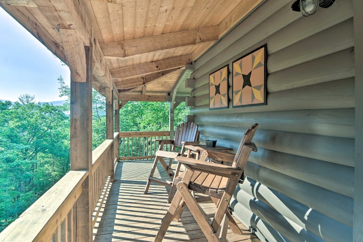 NEW! Quiet Mountain Cabin w/ Deck & Near Rafting!