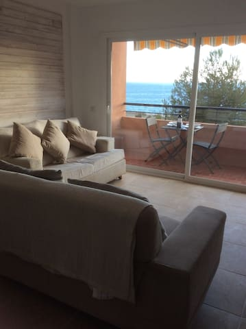 Frontline 3B apartment Playa Cristo - Estepona - Apartment