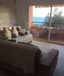 Frontline 3B apartment Playa Cristo - Estepona