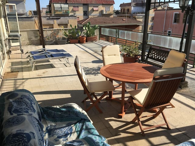 Penthouse with large terrace, fiber and barbecue