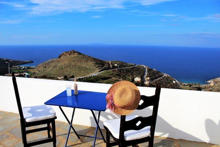 Hercules Haven - Sky views over the Aegean Sea
