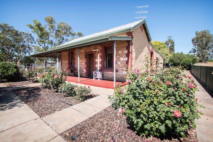 Glenlee Cottage