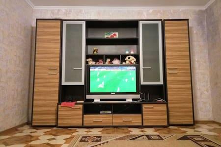 Комната в двухкомнатной квартире :) - Boryspil' - Pis