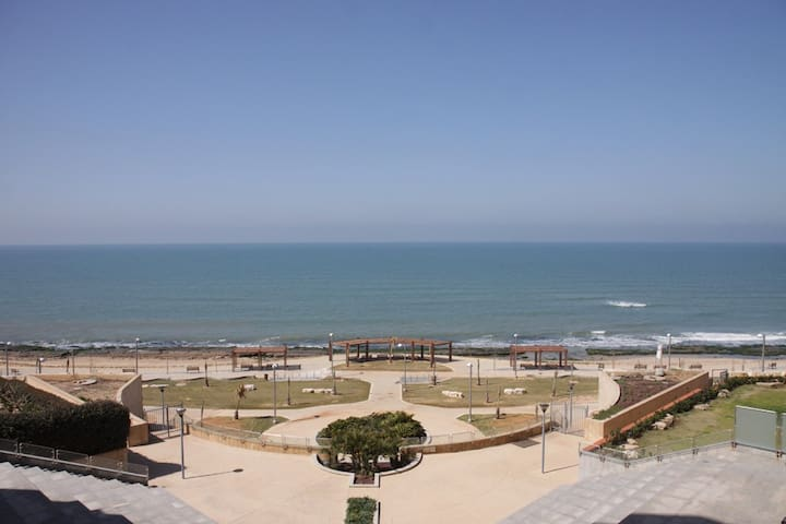 SEA AND SUN ,soleil et fun - Tel Aviv-Yafo - Appartement en résidence