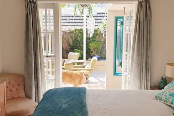 Lovely Room in Kiwi Home Central Tauranga