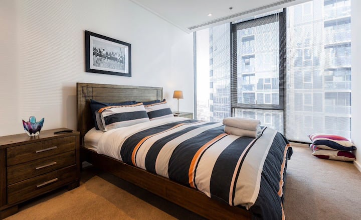 Luxurious, Spacious Southbank Penthouse - Hosts 11
