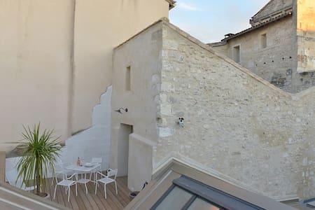 La Chambre Close et sa terrasse - Arles