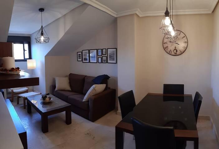 Acogedor apartamento con garaje privado