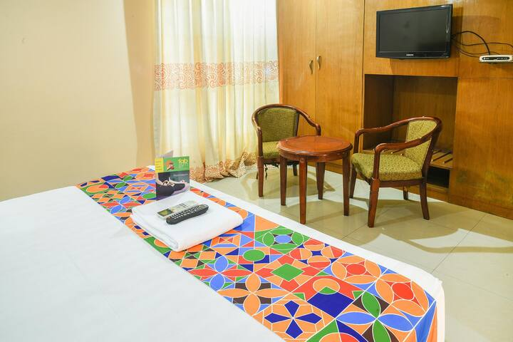 Executive stays near Hyderabad Railway Station and 7kms from Secundarabad Railway Station