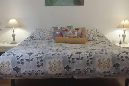 Room for rent Las Rozas-Majadahonda - Las Rozas - บ้าน