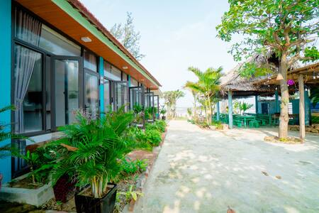 Seasand Homestay_Private room 2pax Quảng Bình quan