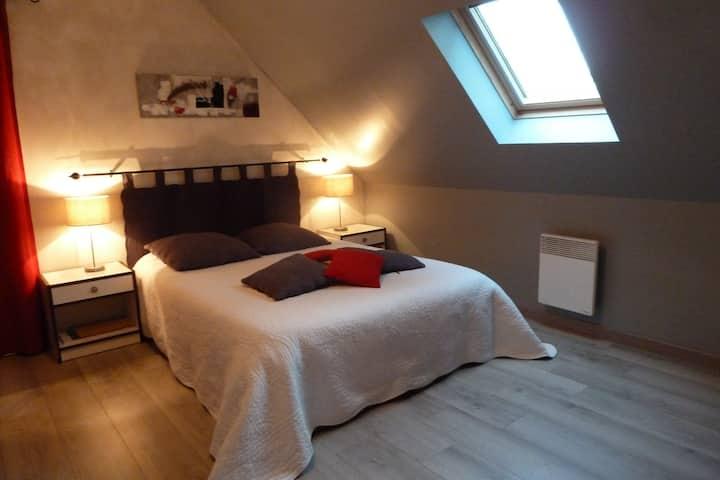 ***Chambre en vallée de Loire*** P