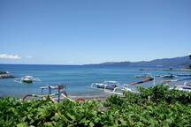 Ocean View Local Fisherman can take you fishing, snorkeling, a trip to White Sand Beach or Blue Lagoon