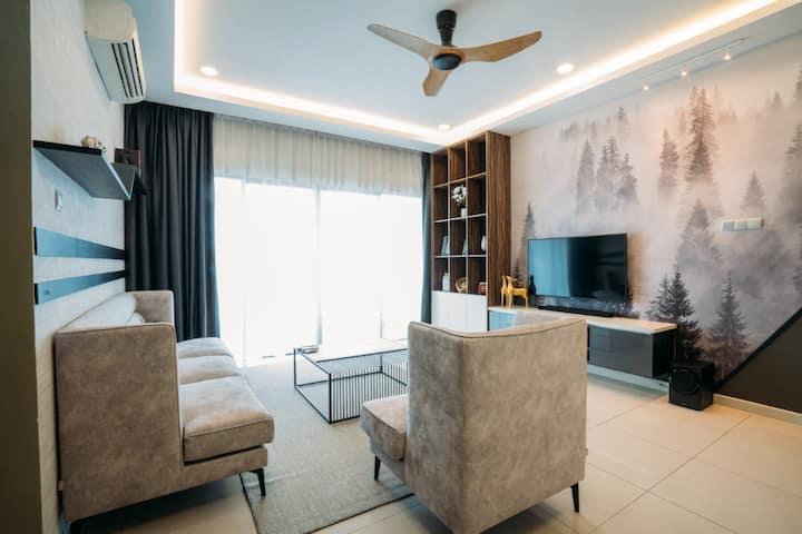 President The Loft Imago 4 bedroom Fully Seaview