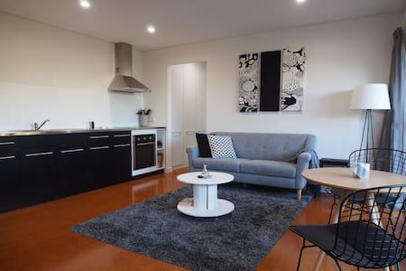 Stylish inner city Red Hill 1 bdrm unit - Red Hill - Apartament