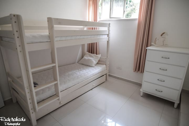 Children's bedroom: there is a third bed in the drawer.