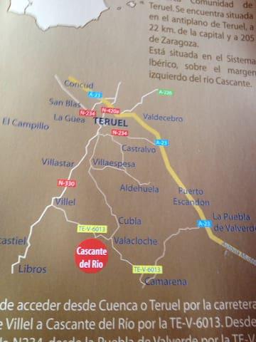 Tan solo 15 minutos te separan de Teruel y de las pistas de esquí de Javalambre.