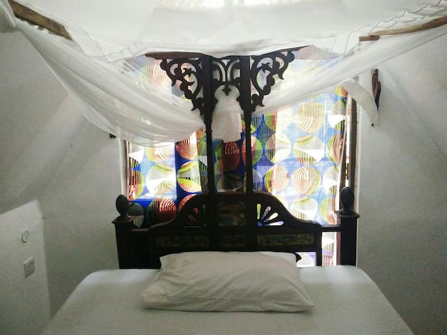 Single room with balcony @ East coast Zanzibar[09] - Michamvi Kae