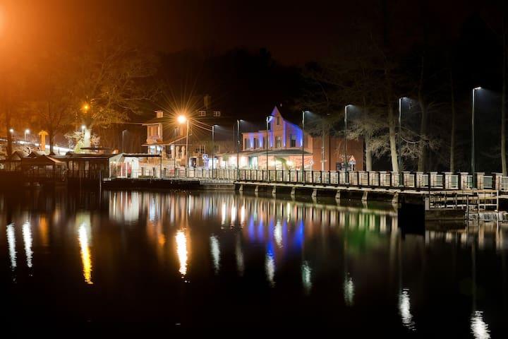 Fantastic all-inclusive house lake front, free pedalo boats, close to Spa