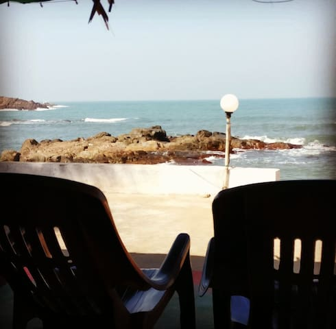 High Tide Holiday Home - Malvan - Srub