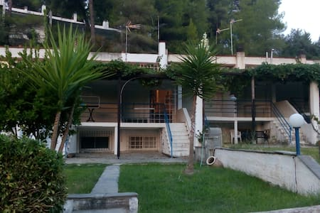 Maisonette in the forest - Skala Fourkas