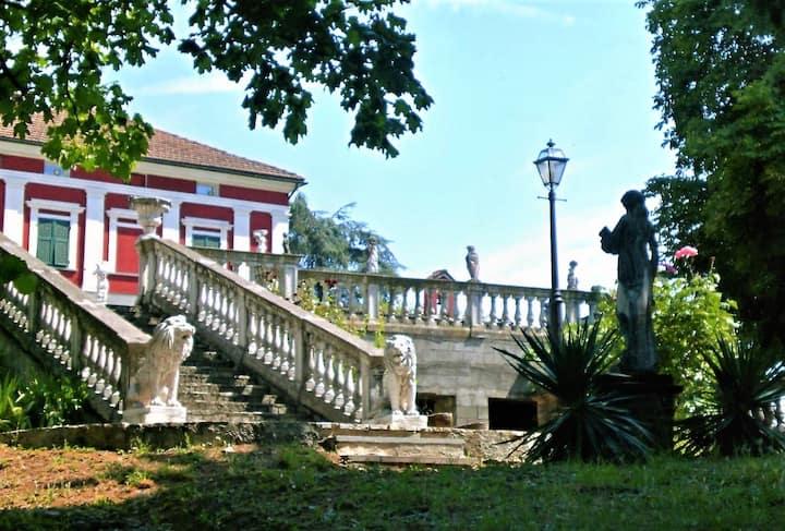 Villa Capannina 5km OUTLET SERRAVALLE