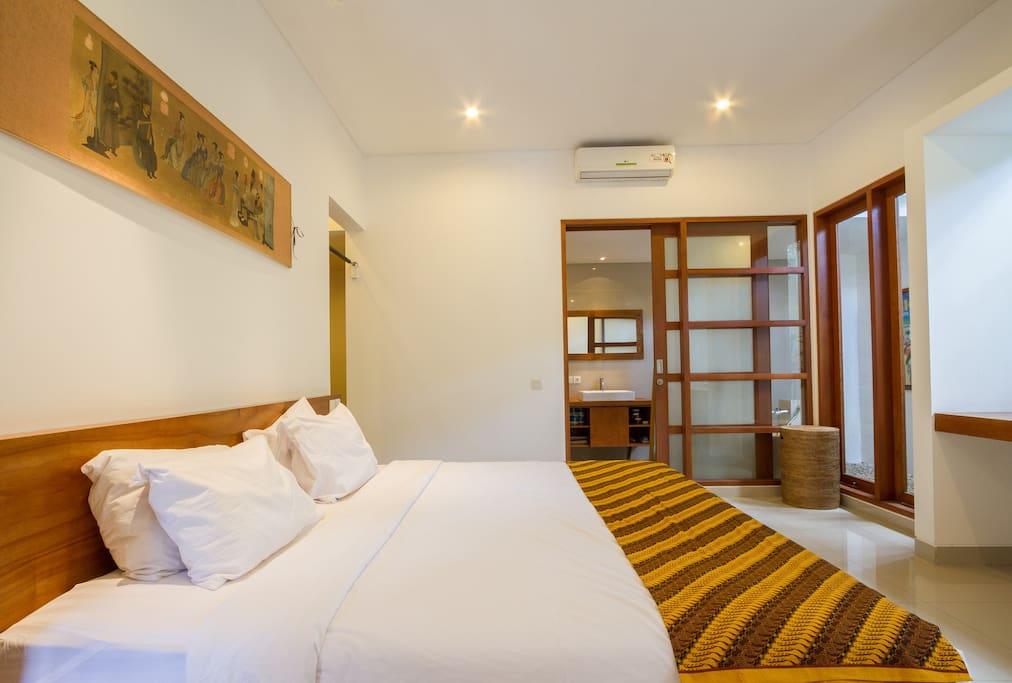 bedroom 1 - SUPER KING SIZE bed 2m/2m