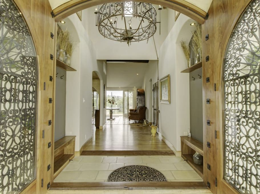 12 foot entryway doors to foyer.