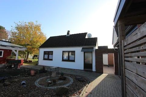 Delmenhorst - 42 m² Home for you in the garden!