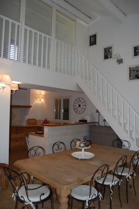Un salon au style provençal chic